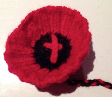 Knitting Pattern Red Poppy : Samantha Allen